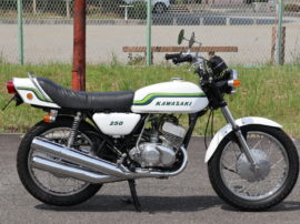 250SS マッハ1 初期型 アップテール