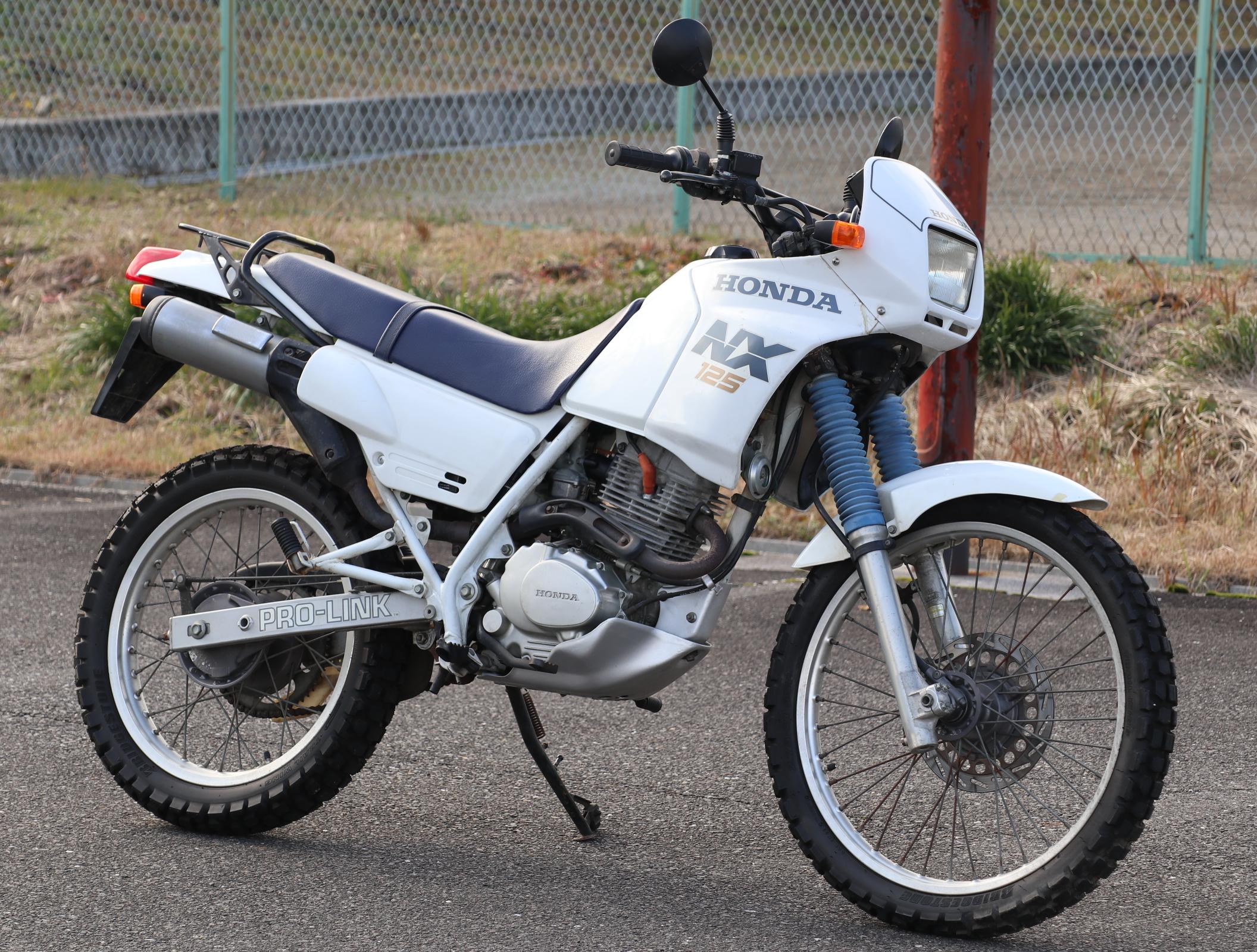 ホンダ NX125 白