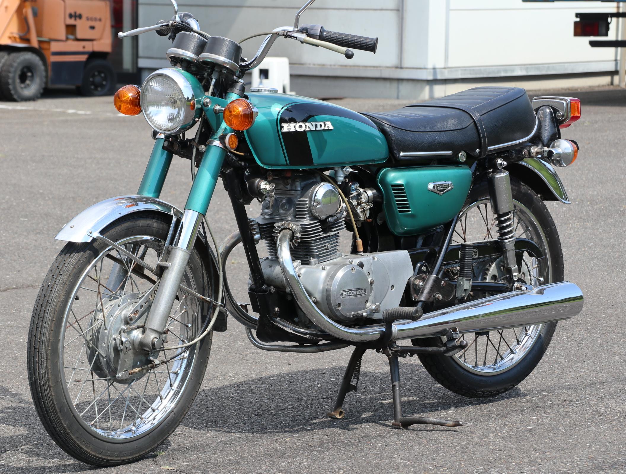 ホンダ CB125 緑